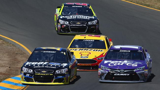 Stewart fought hard to beat Hamlin to the line.