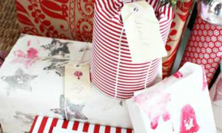 "<b>STAMP IT OUT:</b> Or stick to the basics with this classic wrapping paper idea.  <a href=""http://www.kidspot.com.au/things-to-do/activities/make-your-own-wrapping-paper"">Get the instructions here</a>"