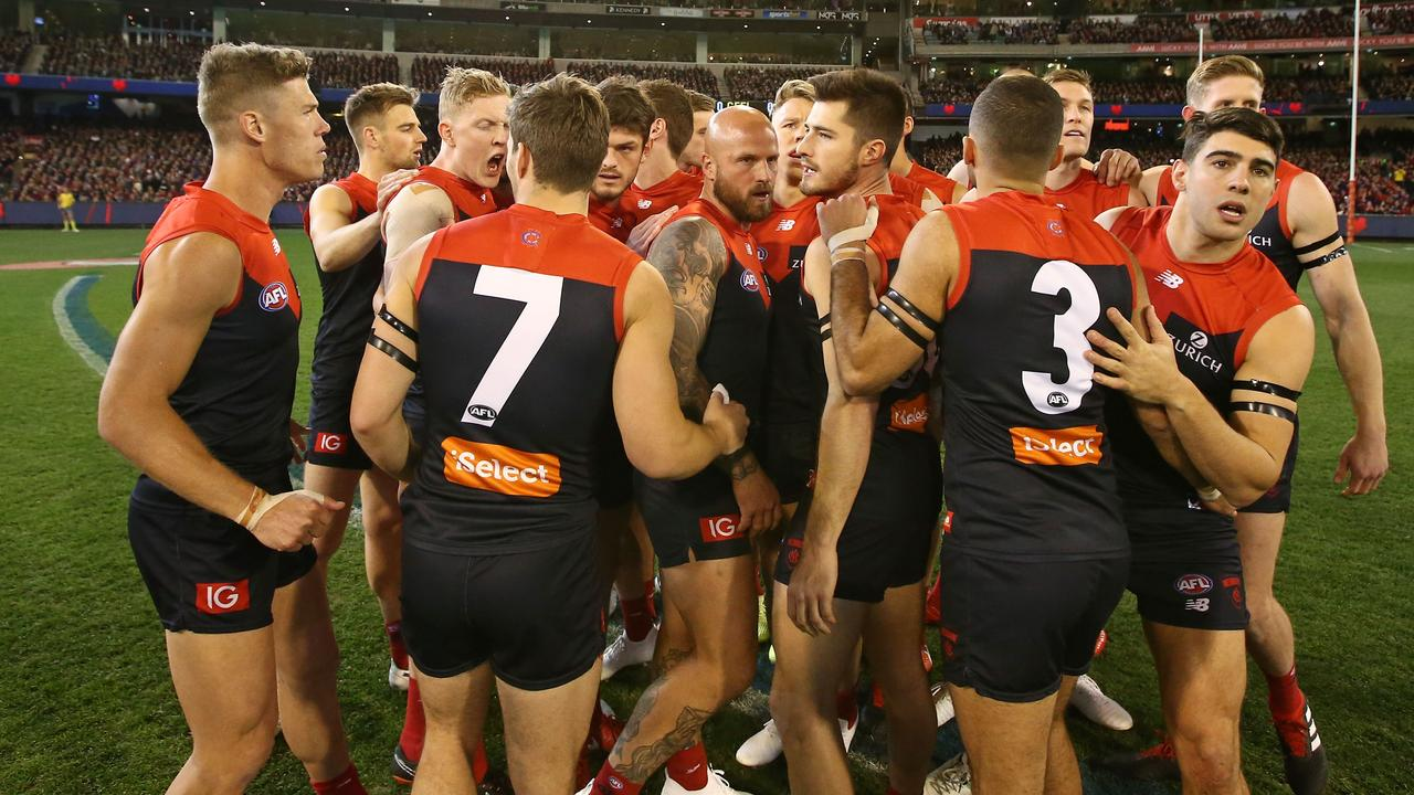 Melbourne opted to 'circle up' after its third straight loss.