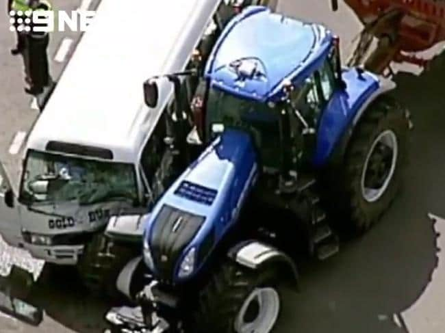 A minibus carrying more than 20 people has collided with a tractor on Sunraysia Highway, Lexton. Picture: 9 News