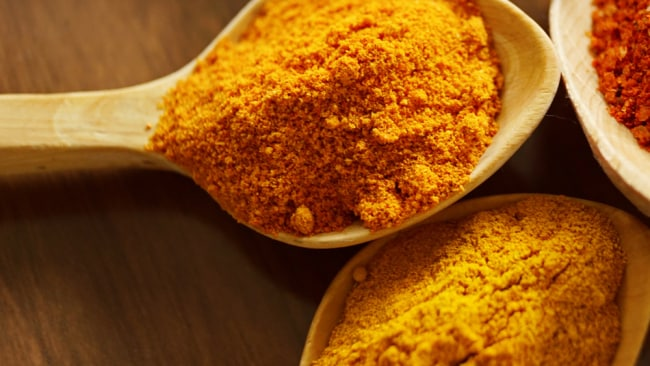 You might actually have to eat well over 100g of turmeric, every day, to get a reasonable dose of curcumin. Image: Pexels.