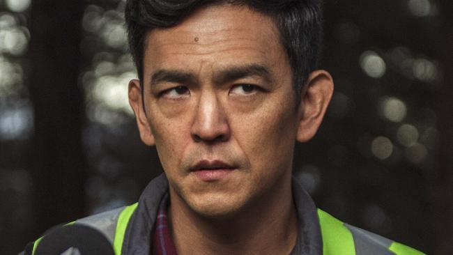 Searching Movie Review: Debra Messing, John Cho Thriller