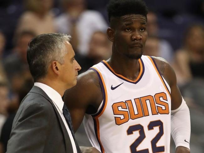 Deandre Ayton may be the Suns' great white hope.