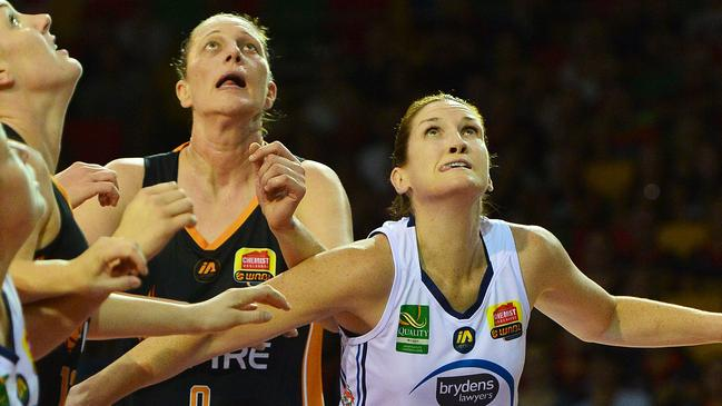 Fire's Suzy Batkovic and Flames captain Belinda Snell in their final game. Pic: Zak Simmonds
