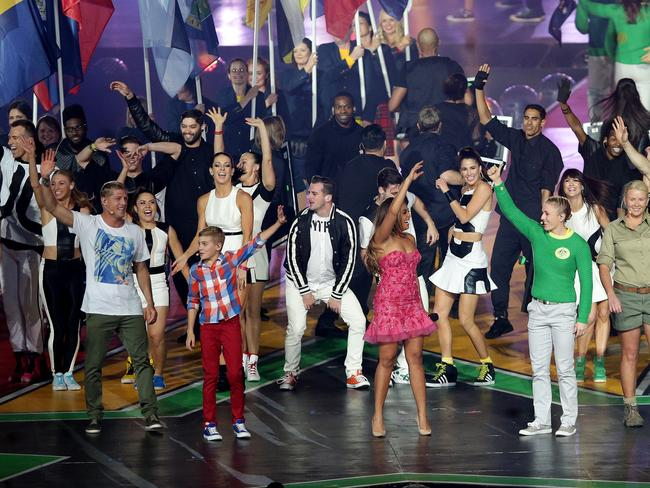 Mick Fanning, Gabe Pither, Jessica Mauboy and Sally Pearson on stage at the closing ceremony.