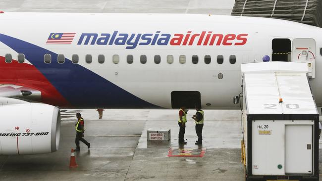 Malaysia Airlines sacks 6000 workers in restructure forced ...