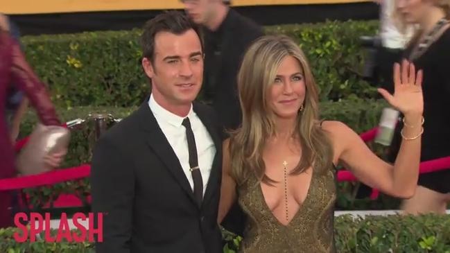 Jennifer Aniston reveals Justin Theroux's manscaping routine