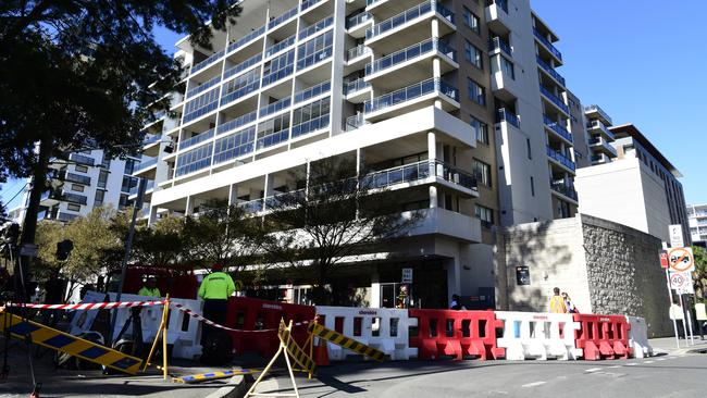 Mascot Towers were evacuated as a precaution after cracks were discovered in the building. Picture: AAP/Bianca De Marchi