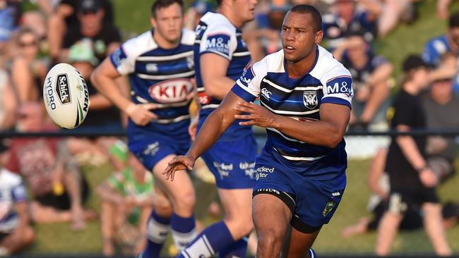 Moses Mbye of the Bulldogs in action.