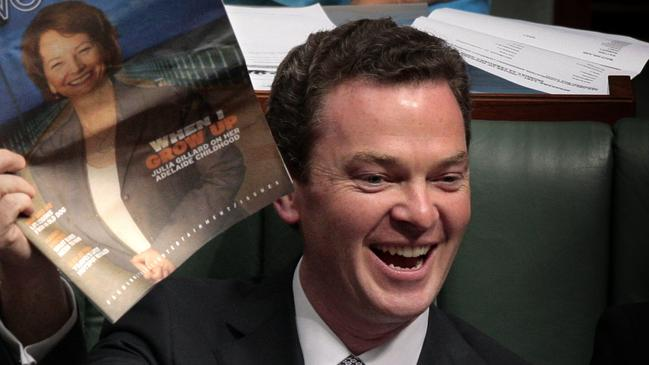 Mr Pyne heckling Ms Gillard during Question Time.
