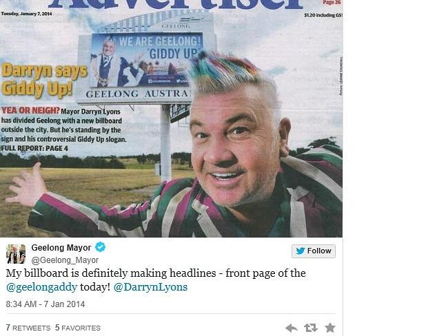 The Absurd Shenanigans Of Darryn Lyons Gets Fake Abs Wraps Wife In A Newspaper And Runs Geelong