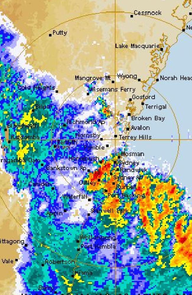 The storm rolls into Sydney