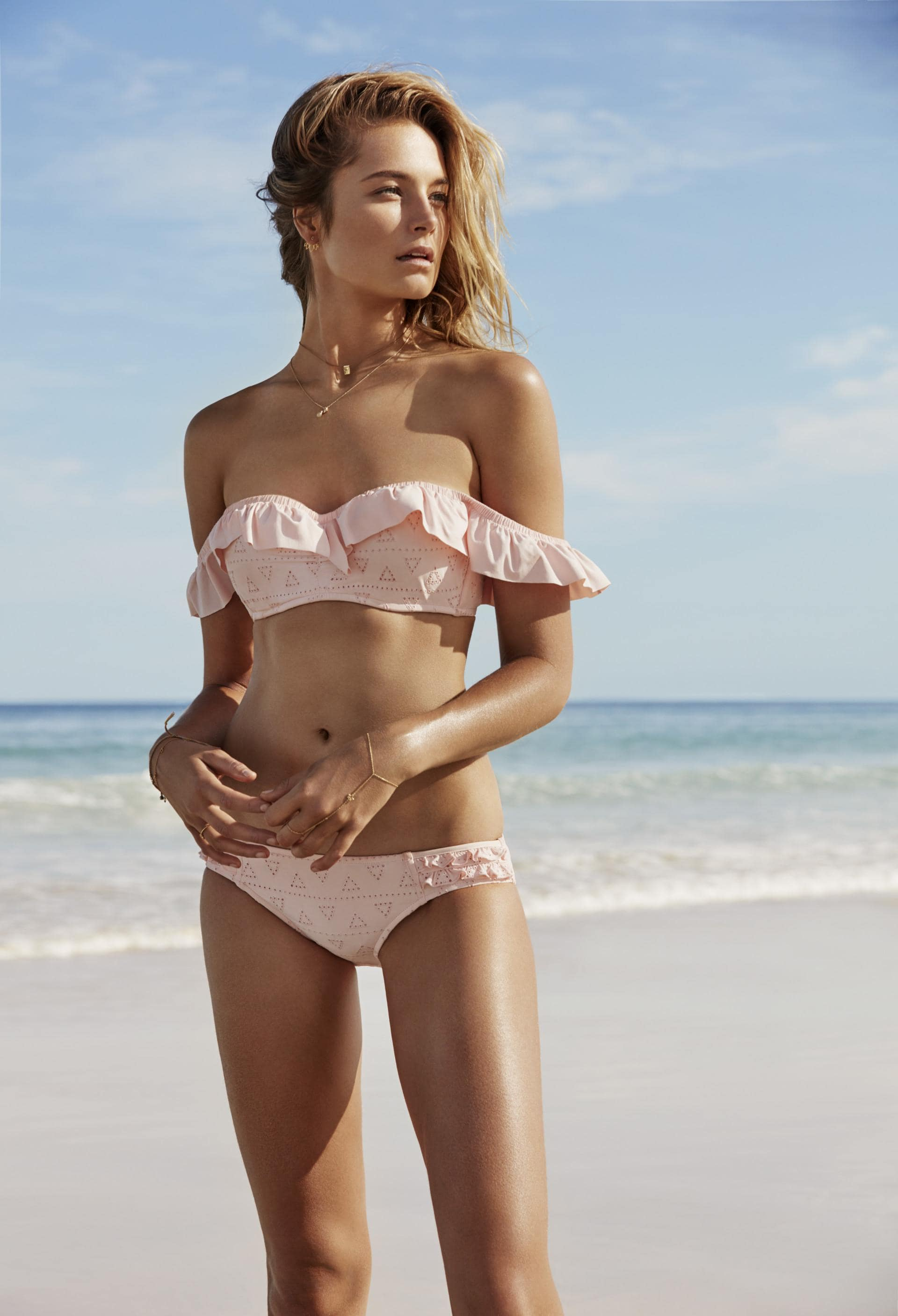 PINK is the destination for cute bras, panties, college apparel and more! Shop a wide selection of fun and flirty styles today.