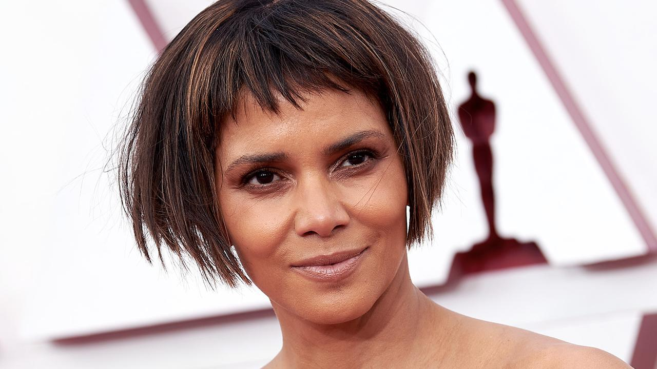 Halle Berry reveals truth about controversial Oscars 2021 hairstyle – NEWS.com.au