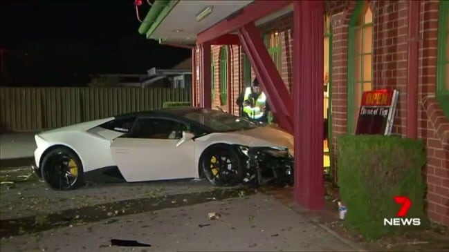 Lamborghini seen moments before crash (7 News)