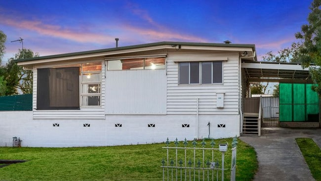 137 Upper California Gully Rd, California Gully is for sale with a $220,000-$240,000 price guide.