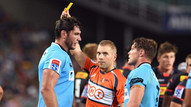 Waratahs lock Rob Simmons receives a yellow card from referee Angus Gardner.