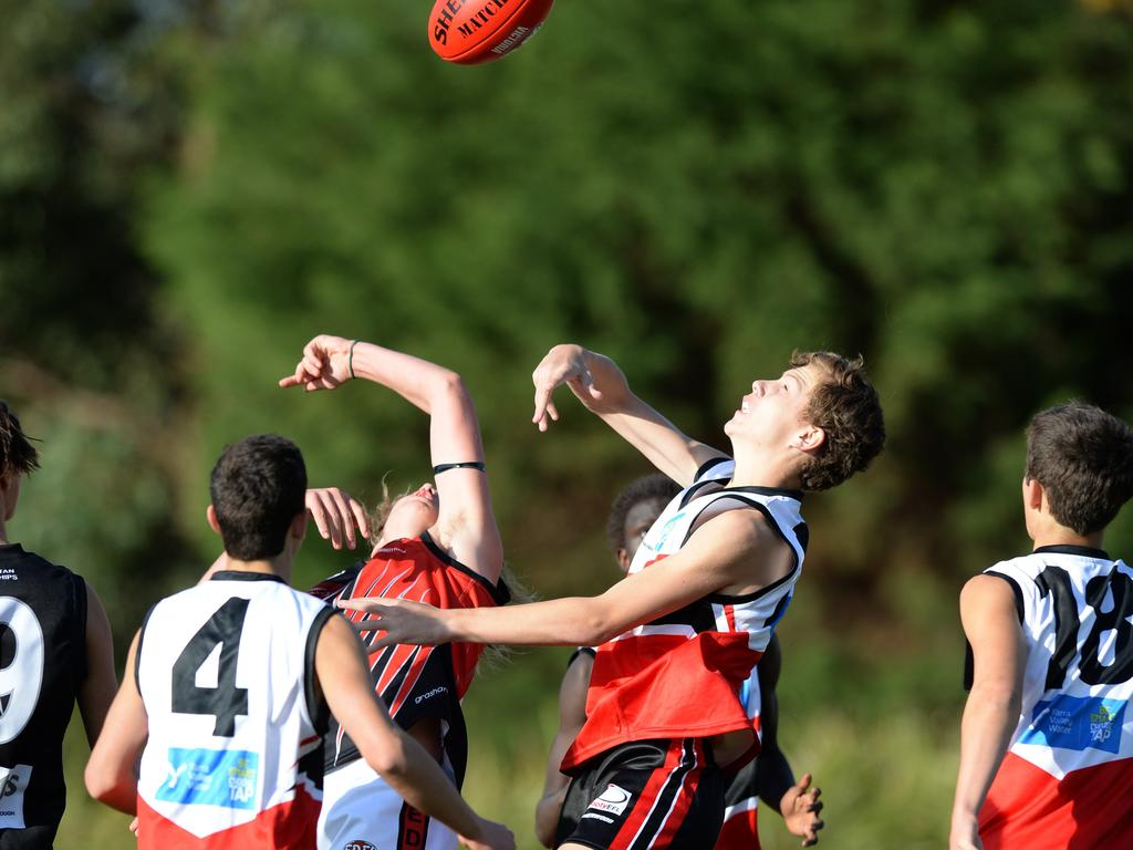 Eastern and Essendon District junior interleague. Picture: Lawrence Pinder