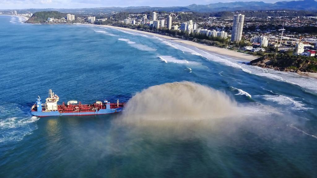 Cairns Shipping Development: Dredging vessel arrives in FNQ