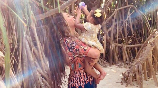 Beyonce with her youngest daughter, Rumi.