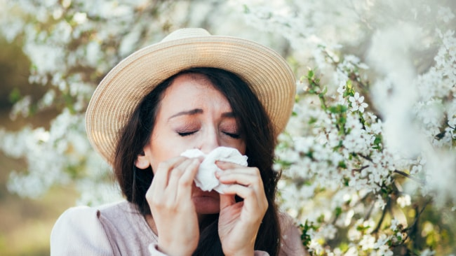 A neti pot can work wonders for hay fever sufferers. Image: iStock
