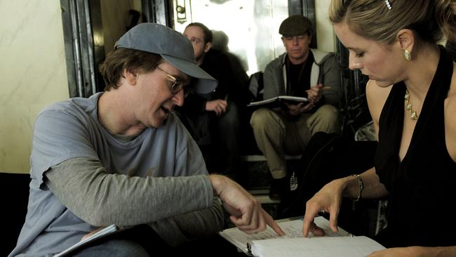 Director David Koepp and actor Tea Leoni on set of Ghost Town.