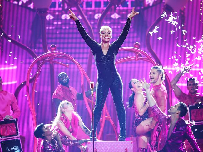 'I hope I didn't screw up anyone's week' … Pink apologises to fans.