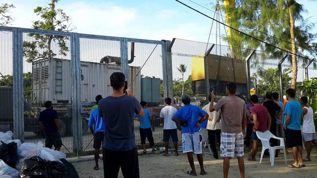 Manus island regional processing centre tinder dating site