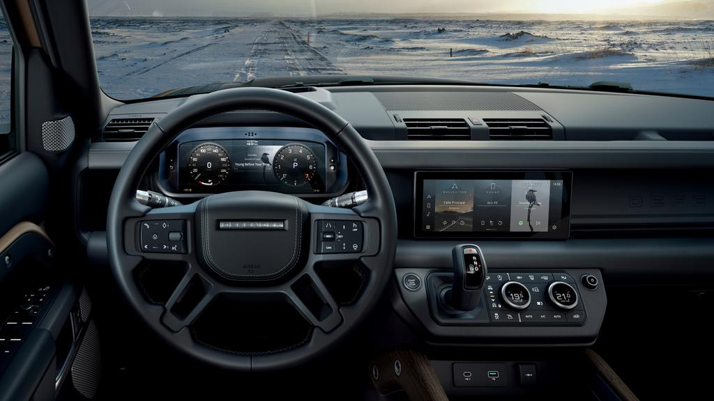 6a1e2780e6a0b66120f1c180d87b019b?width=1024 - Land Rover says leather and plastic are passe