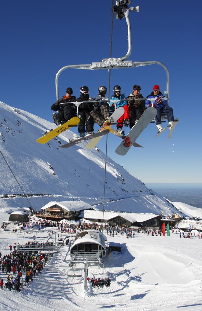 Mt Hutt has the longest chairlift vertical in the country.