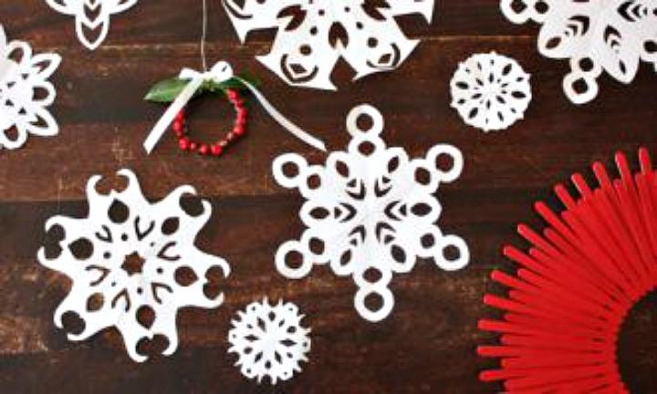 "<b>SNOWFLAKES:</b>And paper snowflakes may have been around forever ... but there's a reason for that! So easy to make and great for decorating windows and walls.  <a href=""http://www.kidspot.com.au/things-to-do/activities/paper-snowflakes"">Get the instructions here</a>"