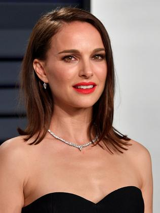 Natalie Portman says she didn't date Moby.