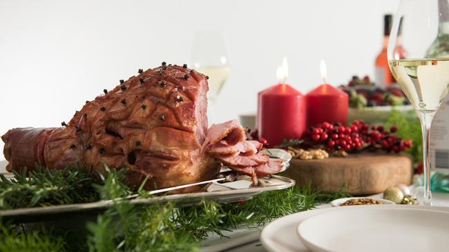 It's easy to glaze a ham with wine.