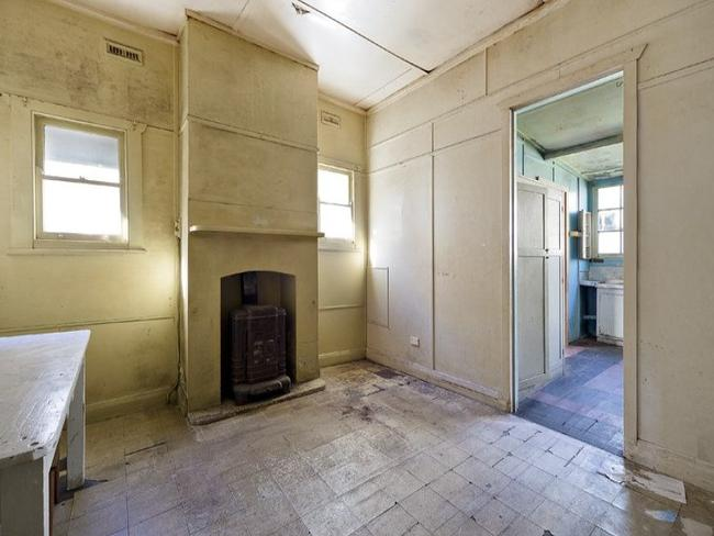 The buyers of this Mosman home intend to knock it down and rebuild.