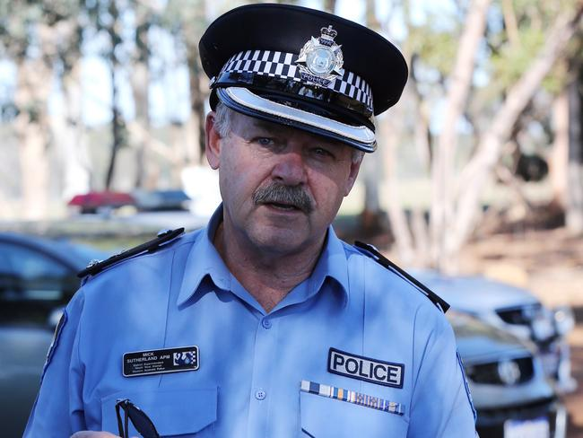 WA Police District Superintendent Mick Sutherland speaks to media at the scene. Picture: AAP Image/ The West Australian POOL, Justin Benson-Cooper.