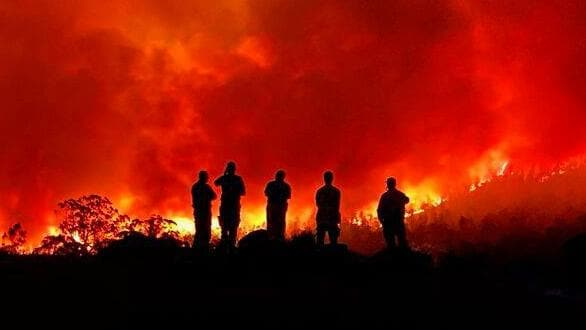 Australia fires: State of emergency declared for Canberra region зурган илэрцүүд