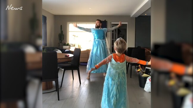 Dad and son's Frozen video goes viral