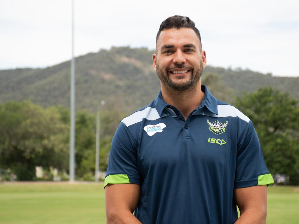 Ryan James arrives at Canberra for pre-season training
