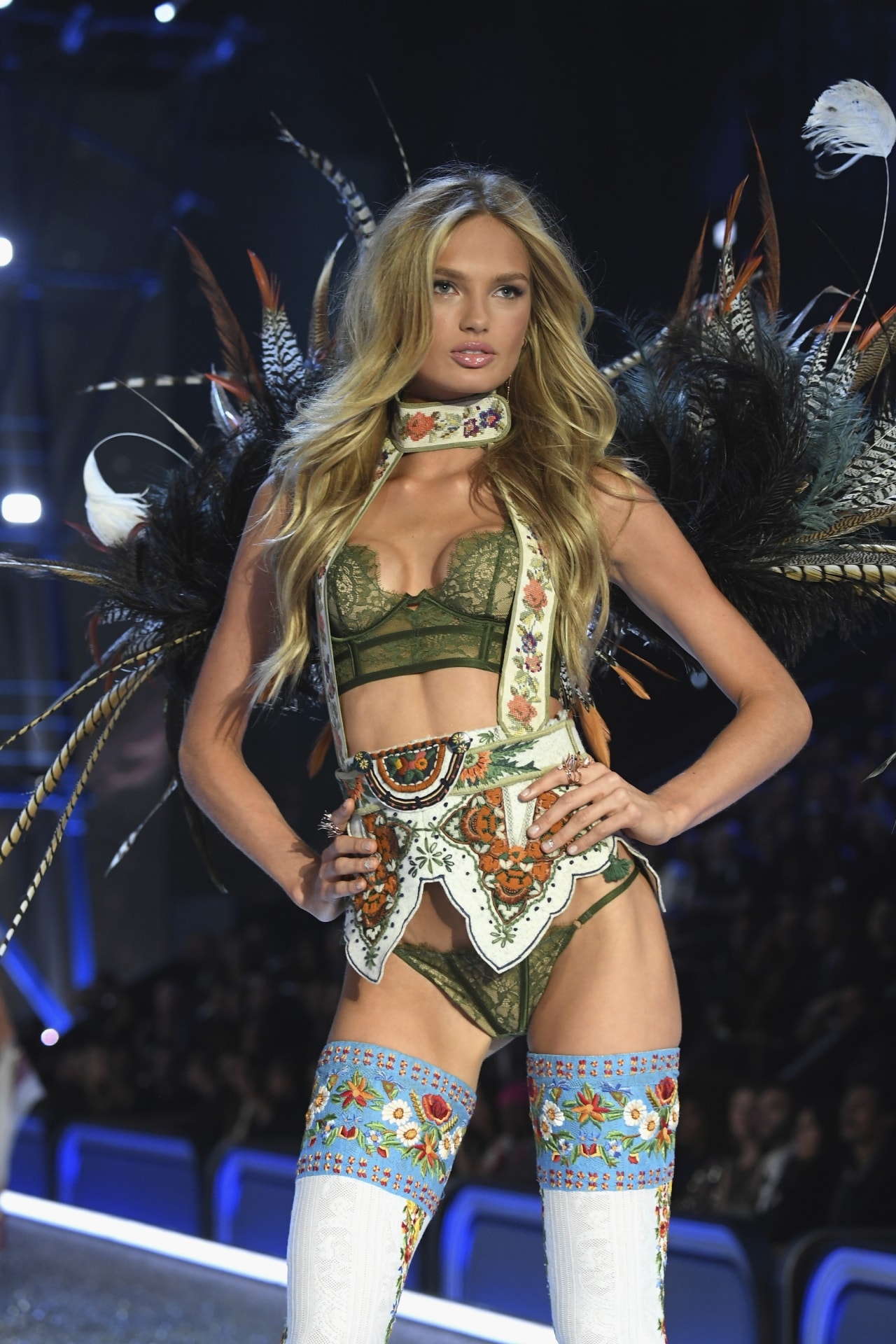 Victoria's Secret Angel Romee Strijd shares exactly what beauty products to use to get a supermodel glow