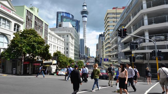 The city of Auckland has around 1.66 million people and is the major city in the North Island.