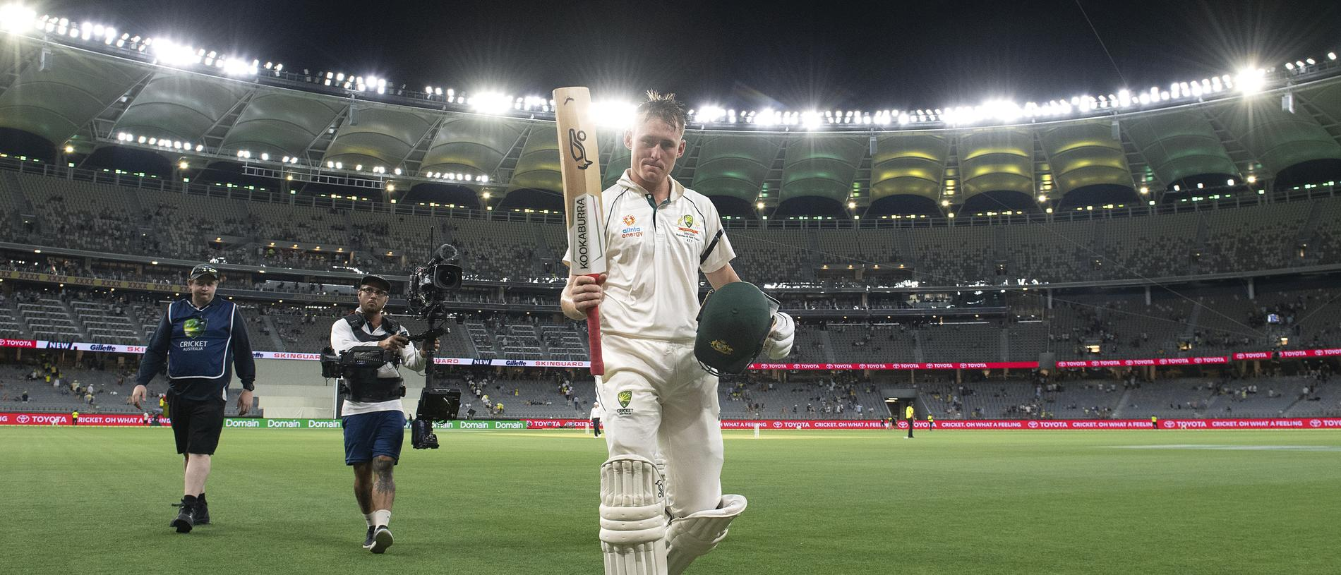 Australian batsman Marnus Labuschagne leaves the field at stumps 110 not out day 1 of the first Test match between Australia and New Zealand at Optus Stadium in Perth, Thursday, December 12, 2019. (AAP Image/Dave Hunt) NO ARCHIVING, EDITORIAL USE ONLY, IMAGES TO BE USED FOR NEWS REPORTING PURPOSES ONLY, NO COMMERCIAL USE WHATSOEVER, NO USE IN BOOKS WITHOUT PRIOR WRITTEN CONSENT FROM AAP