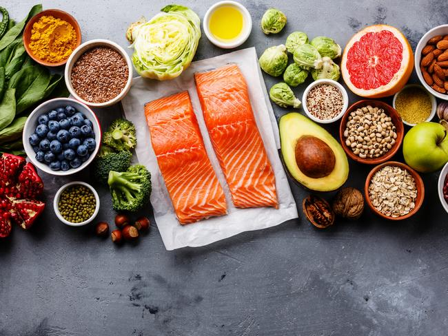Go for healthy fats: choose to eat healthy fats from nuts, avocado and oily fish instead of fast food.