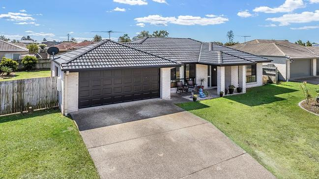 This house at 9 Plaintree St, Burpengary, has just sold for $435,000.