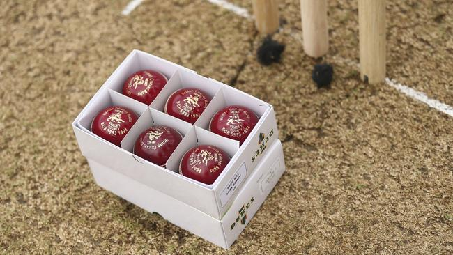 The ECB has instructed manufacturer Dukes to produce 500-600 balls to the same specification used in the past two summers.
