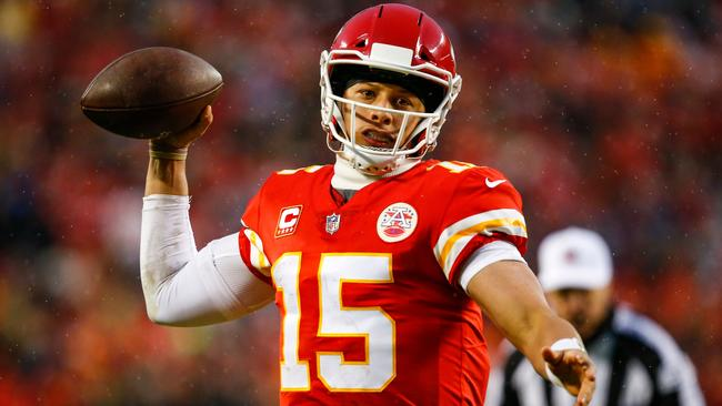 02abf15888e Kansas City Chiefs quarterback Patrick Mahomes leads side to first home  playoff win in 25 years