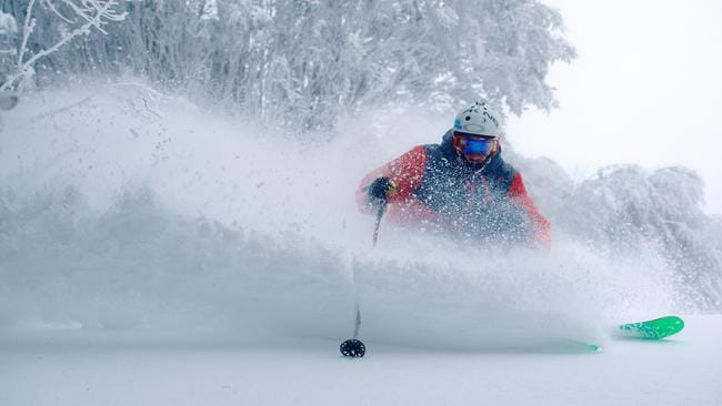 A powerful cold front has once again lashed the state bringing more snow to resorts including Falls Creek.