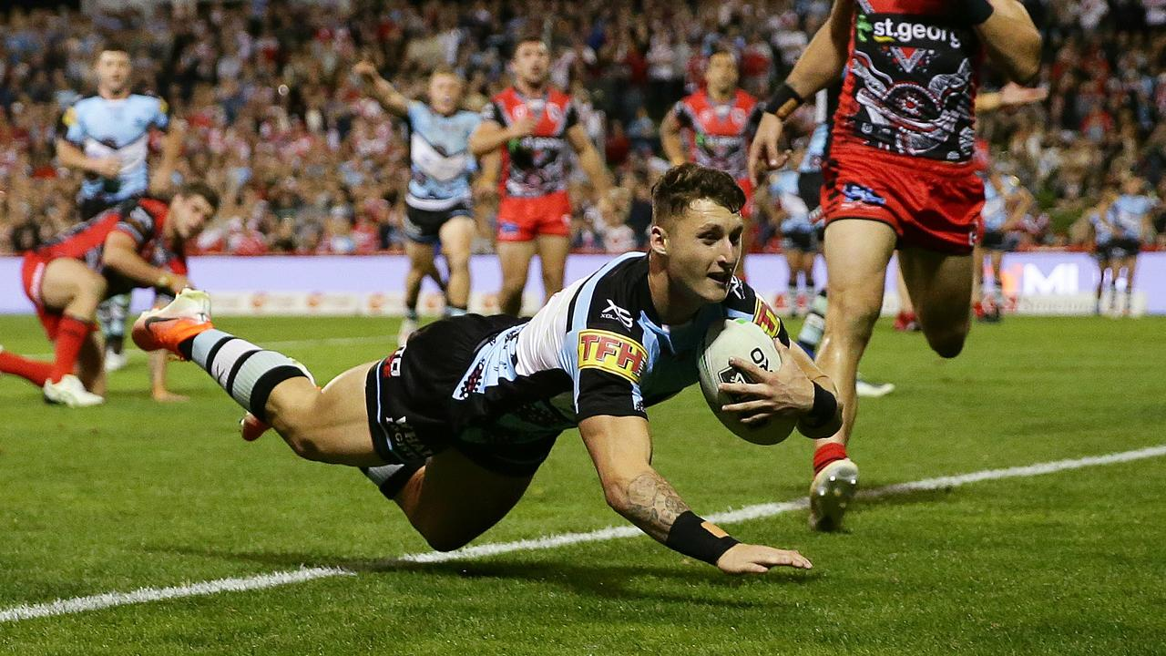Cronulla's Bronson Xerri scored a hat-trick to lead his side to victory over the Dragons.