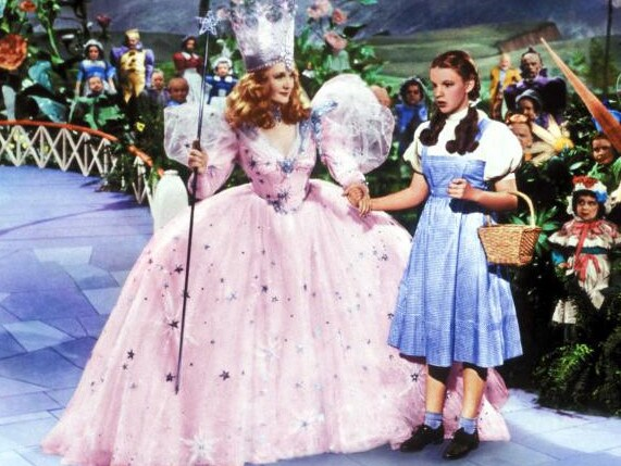 Billie Burke as The Good Witch and Judy Garland as Doroth in The Wizard of Oz.