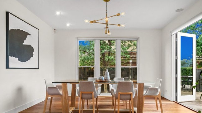 142 Jasper Rd, Bentleigh has now been listed as a private sale with a $1.45-$1.55 price guide.