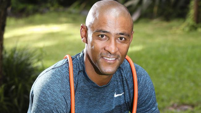 George Gregan thinks Israel Folau should concentrate on rugby.